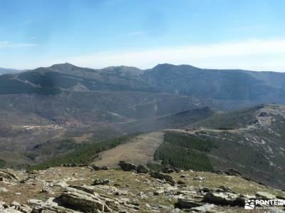 Peña La Cabra-Porrejón-Sierra Rincón;lagunas de neila mochila montaña hayedo irati